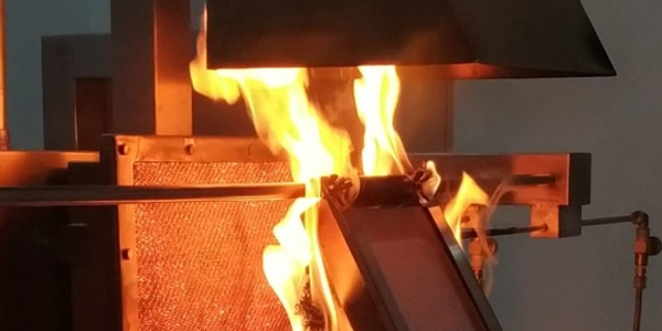 Índice de propagação de superficial de chamas pelo método de painel radiante, conforme norma técnica ABNT NBR 9442
